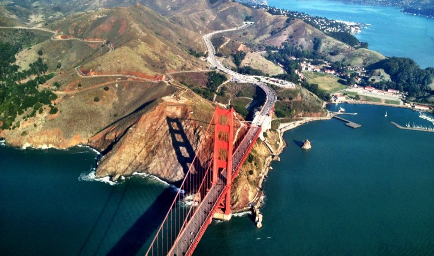 Golden Gate bridge, red suspension bridge