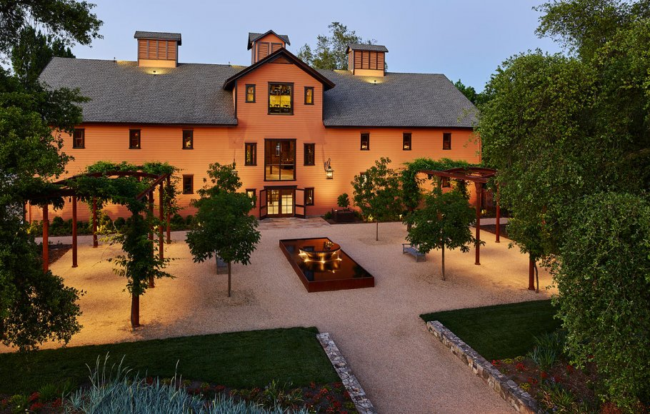 Aerial view of Trefethen Winery courtyard and building at dusk
